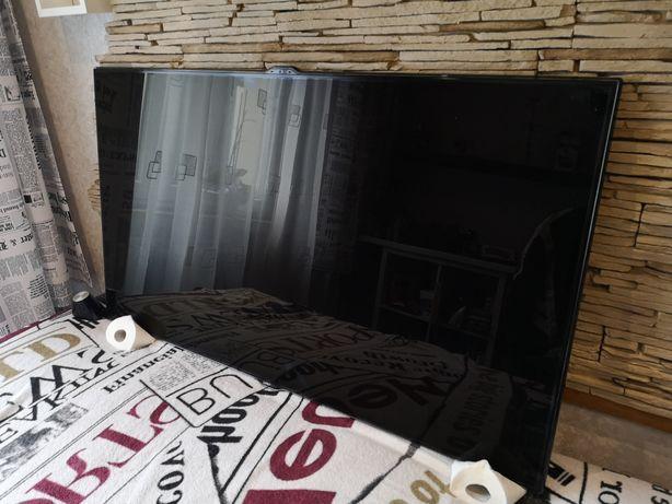 Telewizor 55 cali Samsung 3D, sterowany pilotem, głosem i gestami