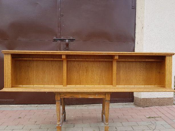 Dębowa półka do kuchni