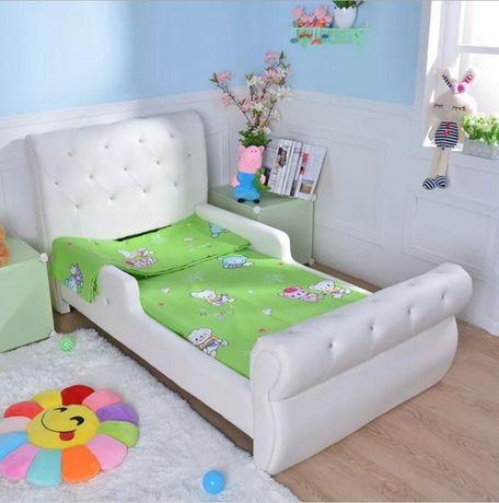 Кровать для девочек и мальчиков