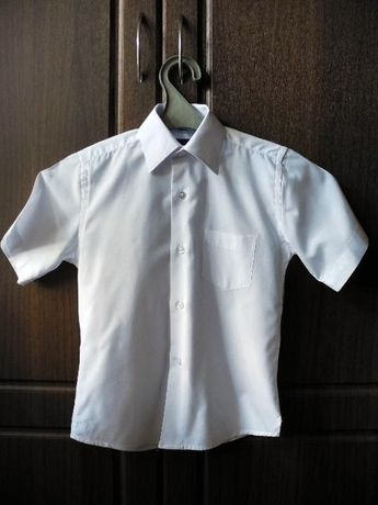 Рубашка школьная на мальчика 6-7 лет