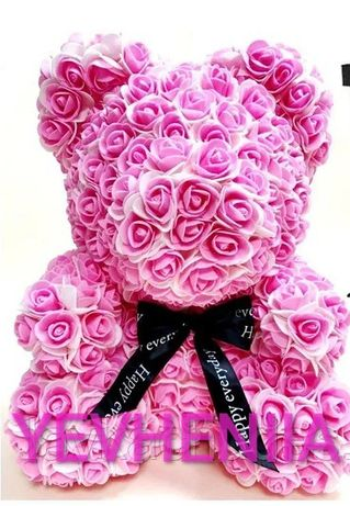 Подарок-мишка из роз
