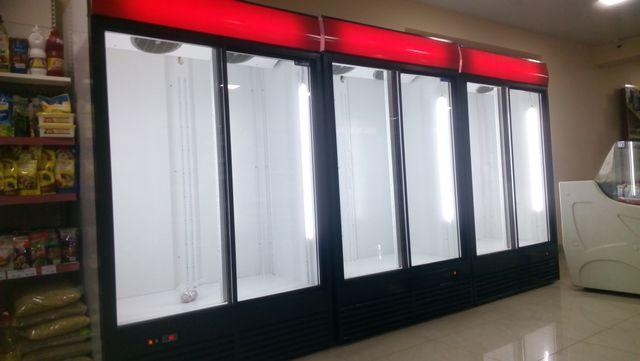 Вітрина холодильна шафа Шкаф холодильный Вітрини холодильні Витрины