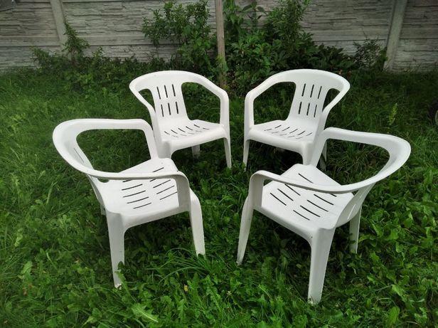 Krzesła ogrodowe PCV
