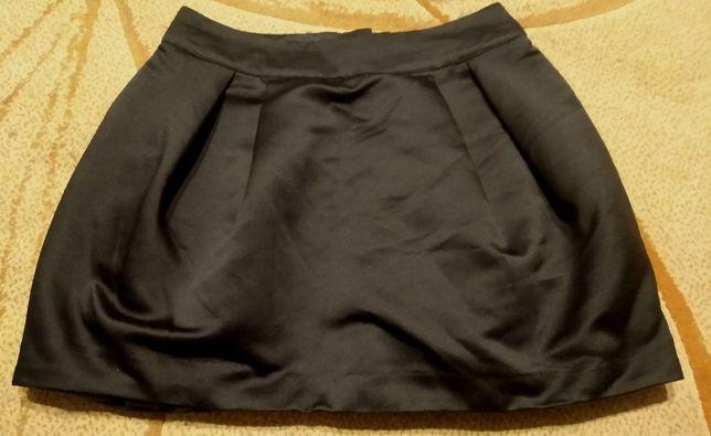 Czarna elegancka spódniczka rozm. S