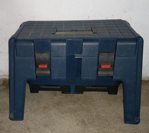 3 em 1 (caixa grande multiusos, escadote e banco) Muito resistente.