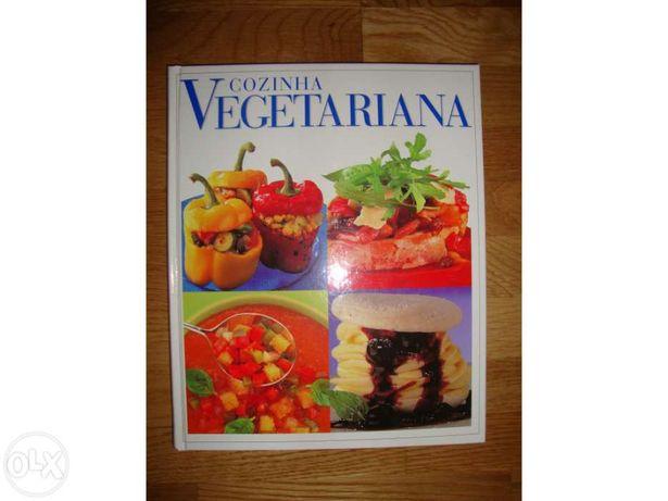 """Vendo livro """"Cozinha Vegetariana"""""""