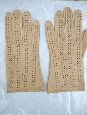 Перчатки кожаные женские.Новые. (Румыния)
