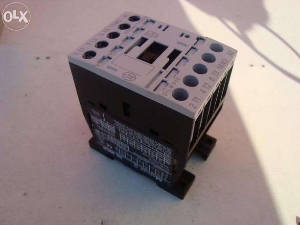 Контактор DILM9-10 Moeller