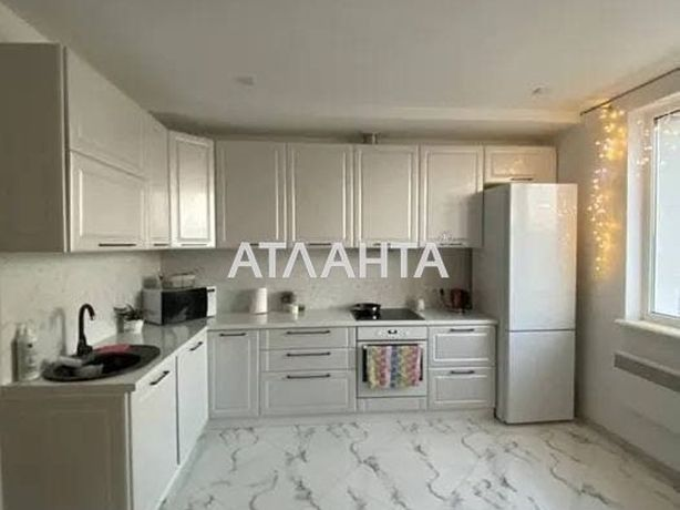 Продається однокімнатна квартира з ремонтом по вулиці Тернопільській
