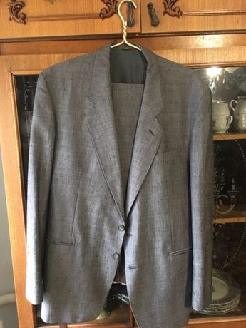 Продам мужской костюм 52 размер