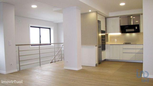 Moradia - 156 m² - T4