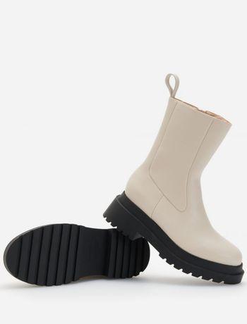 Ботинки молочного цвета
