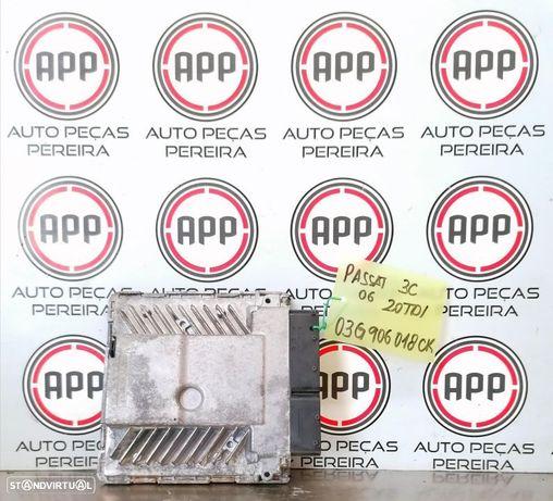 Centralina Passat 3C 2.0 TDI referência 03G906018CK.