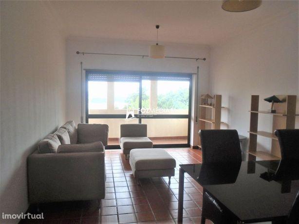 Apartamento T2 mobilado e equipado Av. Elísio de Moura
