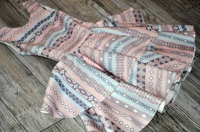 Infinity Fashion 34/xs PASTELOWA rozkloszowana MINI
