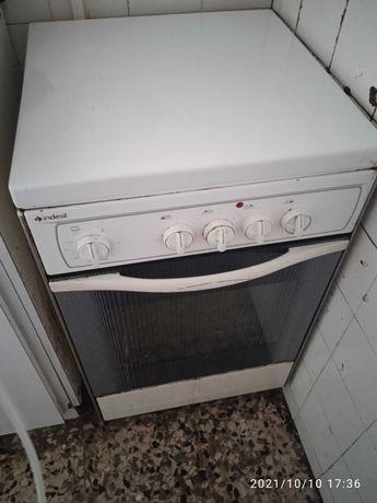 Fogão elétrico e forno