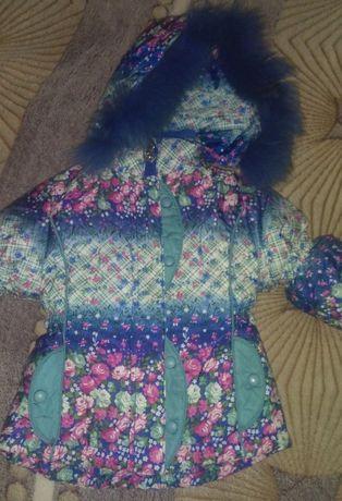 Зимняя курточка на малышку рост 86 в отличном состоянии