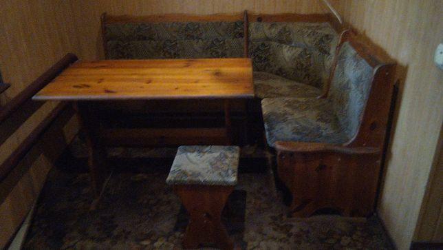 Кухонный мягкий уголок из дерева+стол+табурет+бонус(самовар)!