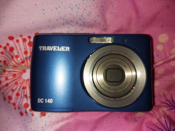Aparat fotograficzny traveler DC 140