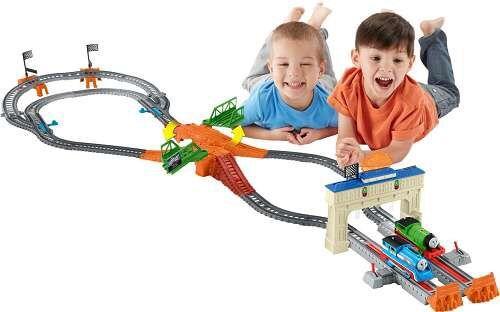 Огромная железная дорога Fisher Price Соревнование Томас и Перси