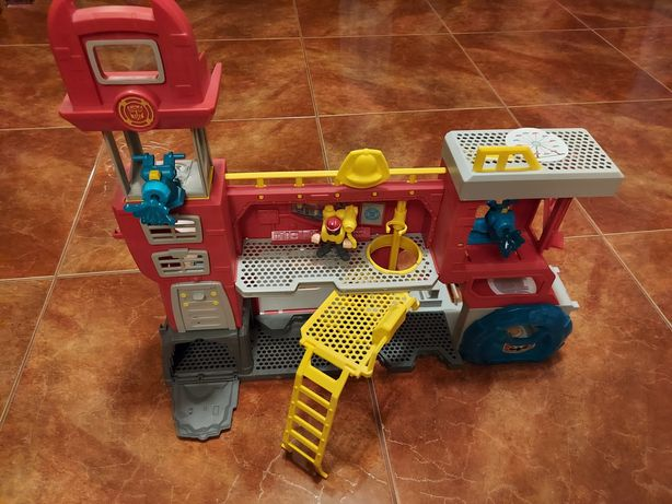 Transformers Remiza Strażacka Rescue Bots
