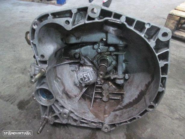 Caixa velocidade CXVEL951 FIAT / STILO / 1998 / 1.9 JTD / 5 V / DIESEL /