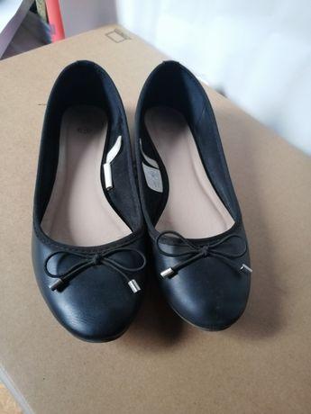Baleriny koloru czarnego