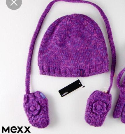 Зимний набор для девочки в трех деталях. (Шапка, шарф, варежки) Мехх