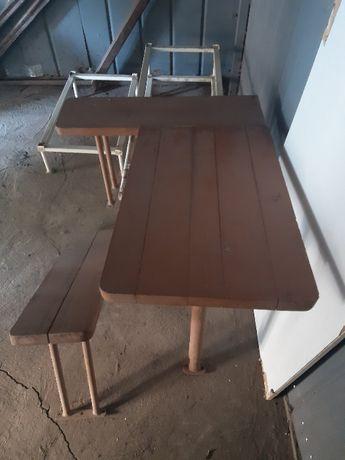 ПРОДАМ б/у столик и скамейки самодельные