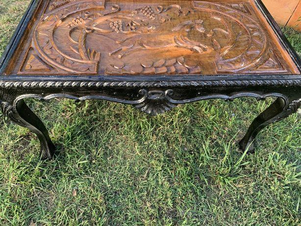 Mesa centro artesanal em madeira. Vidro incluido!