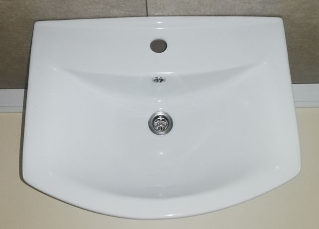 Umywalka wisząca SELLA 55cm + półpostument