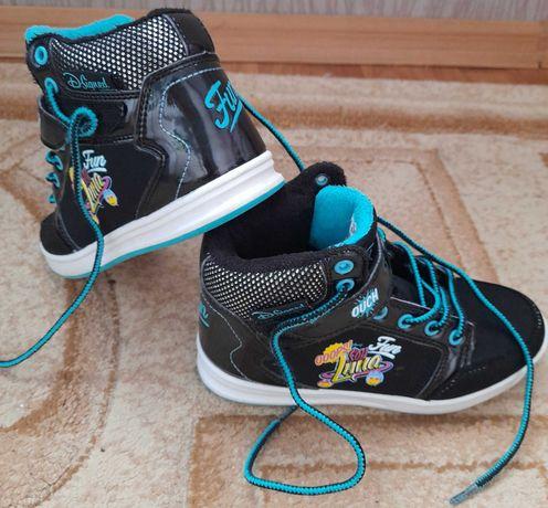 Фирменые деми ботинки для девочки,дисней.