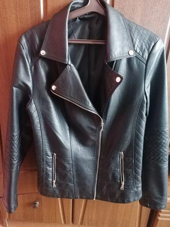 Женская куртка из качественного кож зама