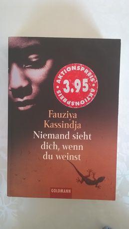 Książka niemiecka - Niemand sieht dich, wenn du weinst - Kassindja