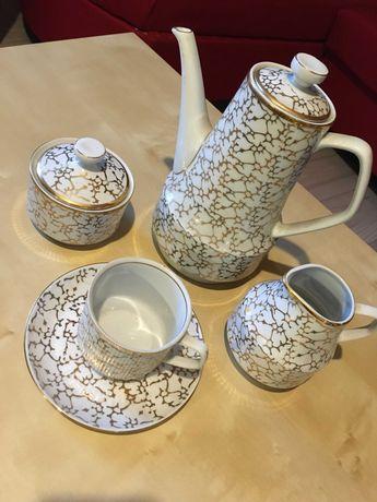 Komplet kawowy Chodzież porcelana filiżanki zastawa serwis złoto 12szt
