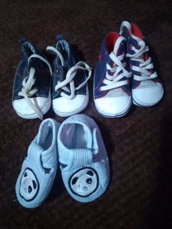 Обувь для самых маленьких 0-6 месяцев