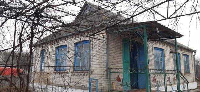 Продам 2 будинки в м. Іллінці, Вінницька обл.