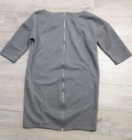 Szara sukienka z suwakiem S