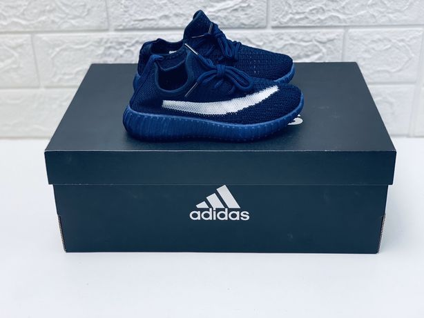 Кроссовки детские adidas yeezy boots кросовки кросівки дитячі репліка