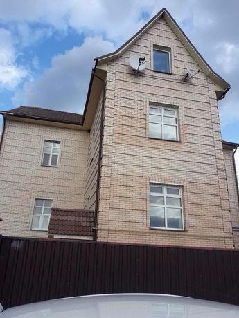 Ексклюзив! Продаж будинку мрії біля р. Дніпро в Червоній Слободі