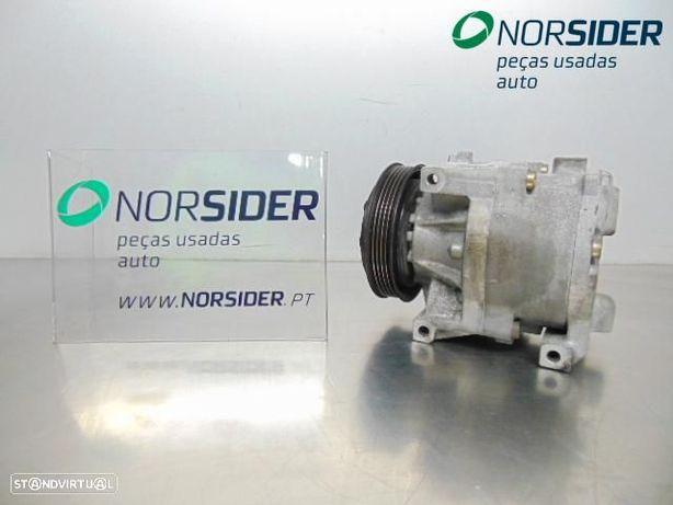 Compressor do ar condicionado Fiat Punto|99-03