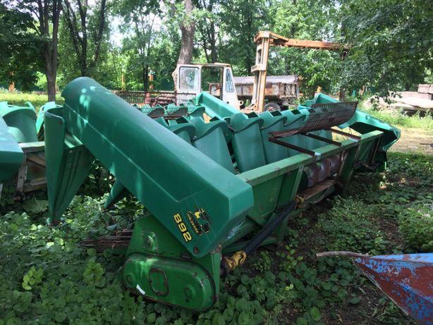 Жатка для уборки кукурузы John Derre 892 до Claas
