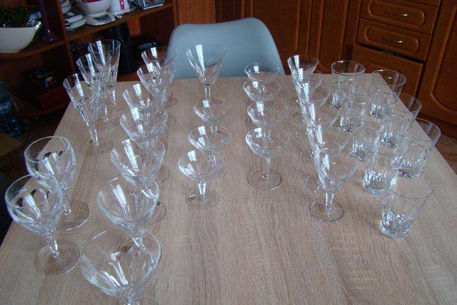 Kieliszki ,szklanki