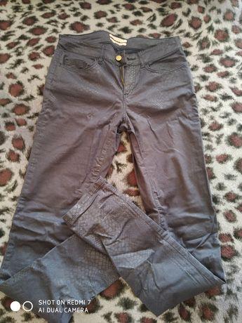 Штани жіночі,джинси