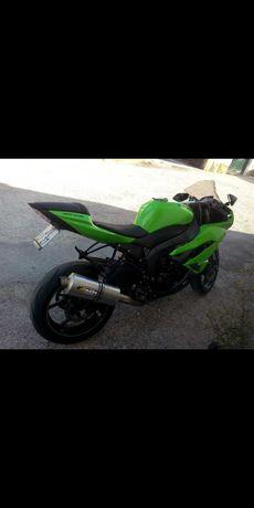 Kawasaki zx6r 2011