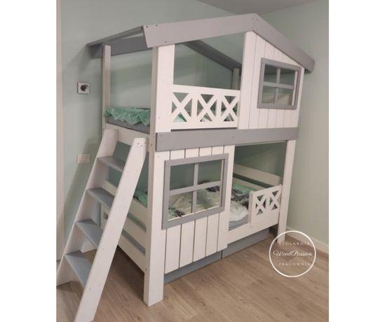 Łóżko piętrowe - wiejski domek
