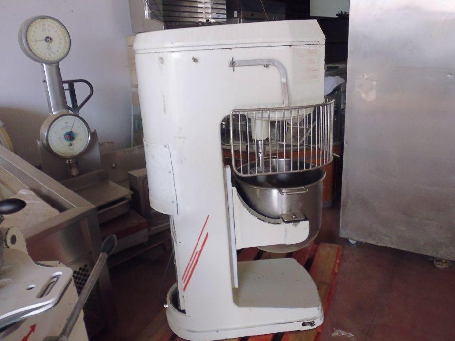 Batedeira / amassadeira 50 litros Poceirão E Marateca - imagem 1