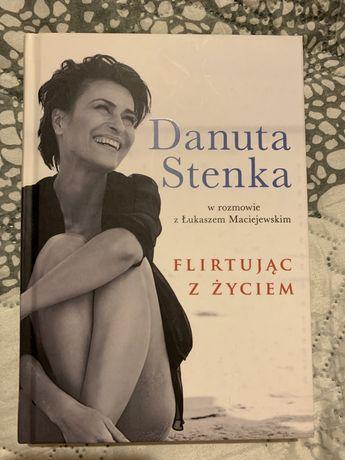"""Książka """"Flirtując z życiem"""" Danuta Stenka"""