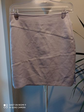 Liliowa jasna spódniczka