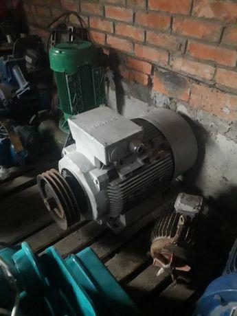 электродвигатель siemens 30 квт 1500 об